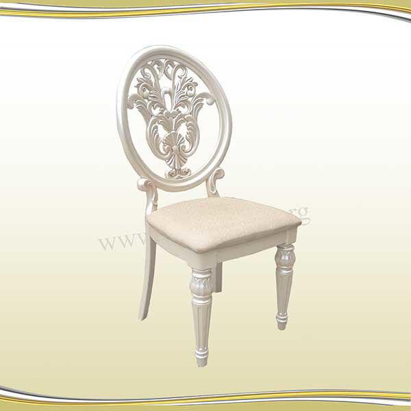 صندلی پلیمری کرم رنگ
