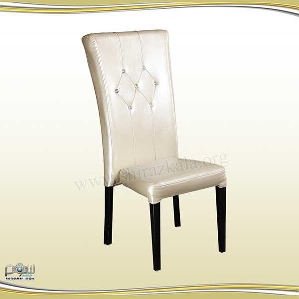 تصویر صندلی مبله کرم رنگ