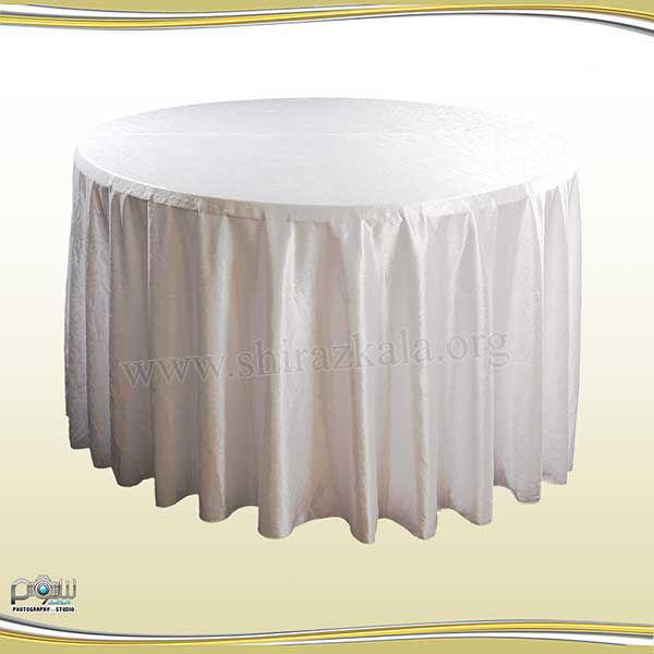 تصویر میز گرد با کاور طرحدار