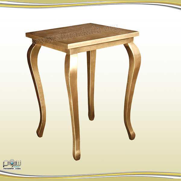 تصویر میز کیک کوئین طلایی