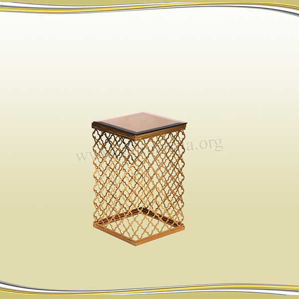 تصویر میز دکوری طلایی طرح گشنیزی سایز کوچک