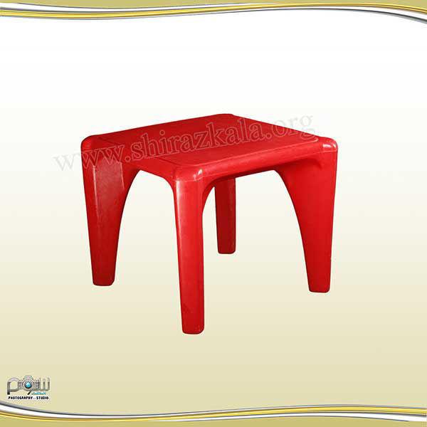 تصویر میز رنگی کودک