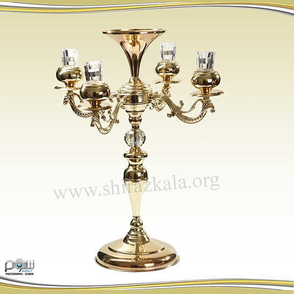 تصویر شمعدان ۴ شاخه طلایی بدون گل